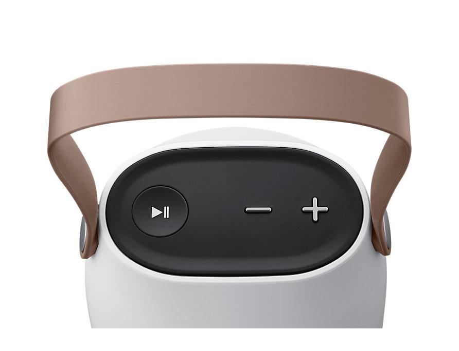 sg-wireless-speaker-bottle-design-sg710-eo-sg710csegww-detailsilver-61504405