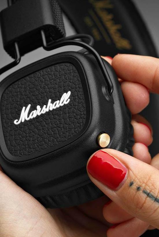 Corded Headphones